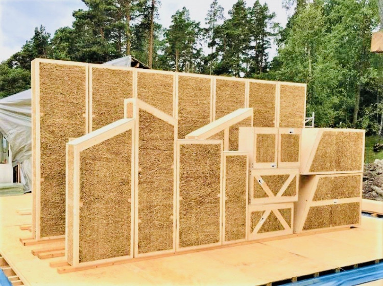 EcoCocon prefabricated straw wall panels